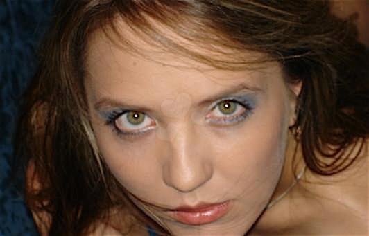 Adrina (27) aus dem Kanton Basel-Land