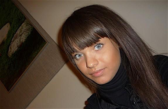 Amanda (26) aus dem Kanton Bern