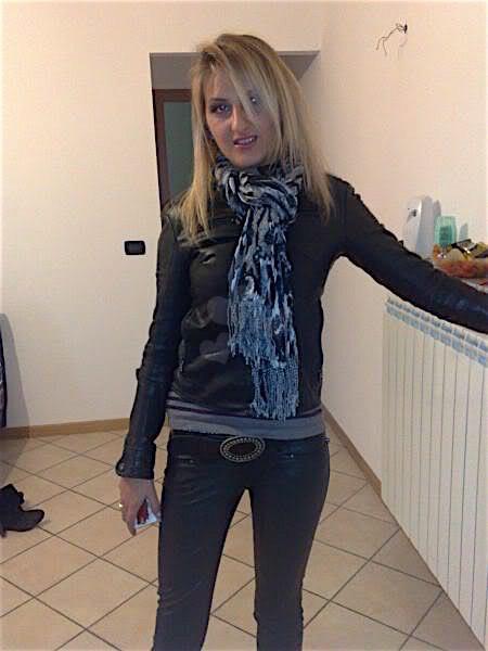 Angela29 (29) aus dem Kanton Zürich