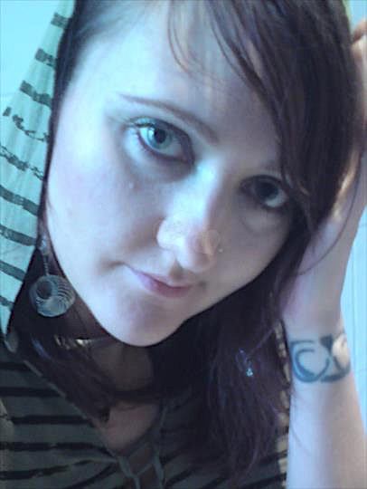 Anja23 (23) aus dem Kanton Zürich