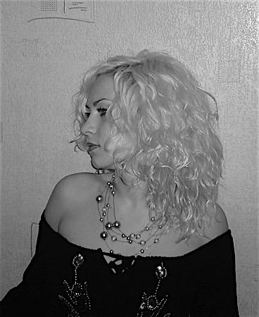 Anjeschka (23) aus dem Kanton Zürich