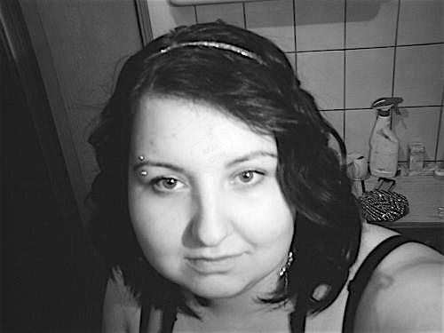 Anne20 (20) aus dem Kanton Zurich