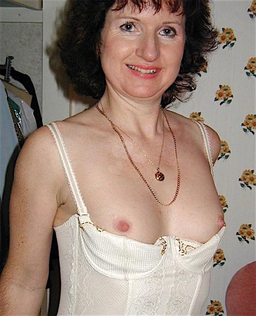 Astrid43 (43) aus dem Kanton Waadt