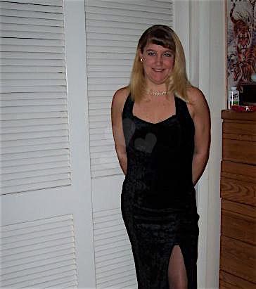 Becky33 (33) aus dem Kanton Zurich