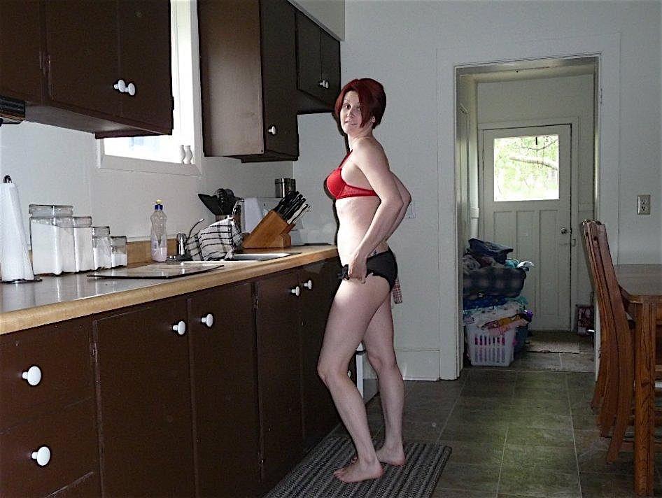 Denisa32 (32) aus dem Kanton Zurich