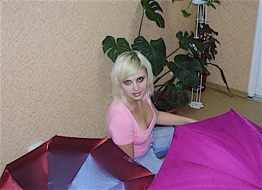Elissa (28) aus dem Kanton Aargau