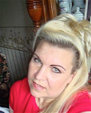Hannelore (44) aus dem Kanton Basel