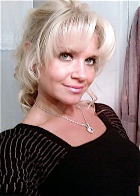 Helene33 (33) aus dem Kanton Jura