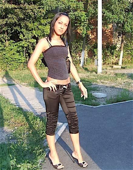 Idis (25) aus dem Kanton Basel-Land