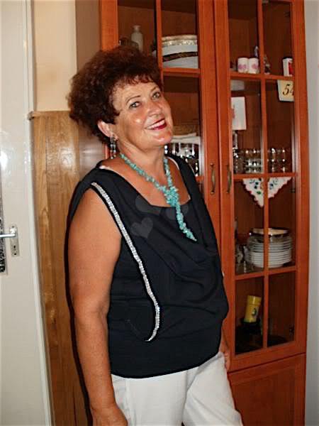 Ingrid43 (43) aus dem Kanton Bern