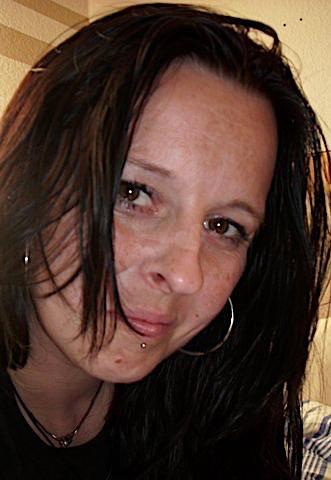 Irmgard30 (30) aus dem Kanton Glarus