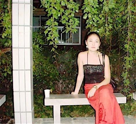 Mona (25) aus dem Kanton Zurich