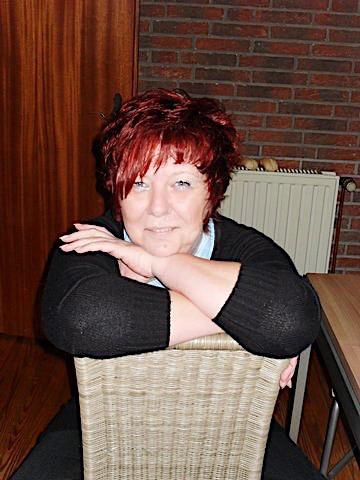 Redsonja (34) aus dem Kanton Zürich