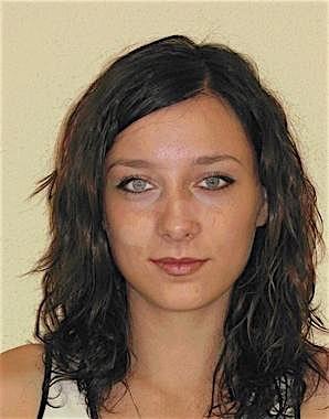 Simone25 (25) aus Wien
