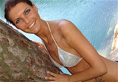 Xynthia (33) aus dem Kanton Bern
