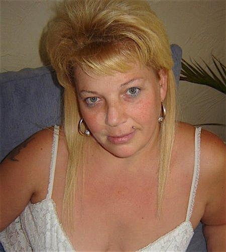 Yvette45 (45) aus dem Kanton Aargau