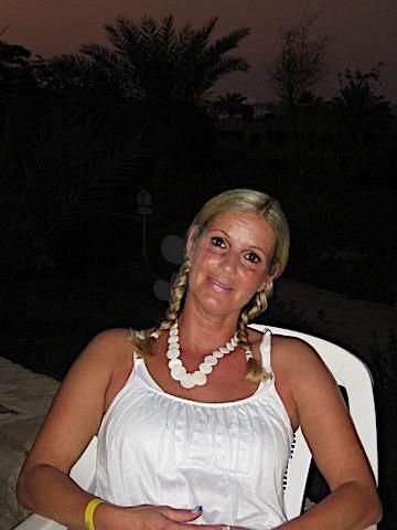 Yvonne-27 (27) aus dem Kanton Zürich
