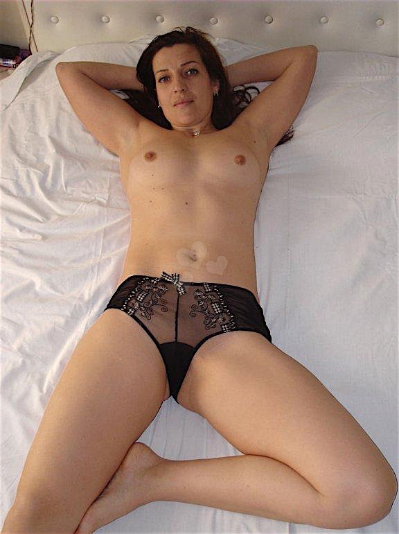 Alexandra (30) aus dem Kanton Zurich