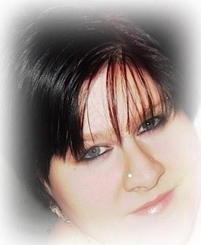 Andrea34 (34) aus dem Kanton Aargau