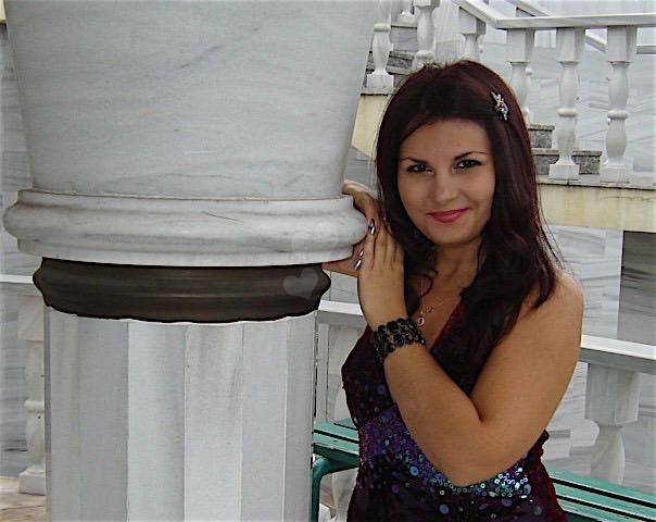 Beatrix (25) aus dem Kanton Zurich
