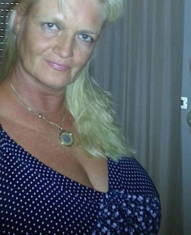 Bernadette64 (64) aus dem Kanton Glarus