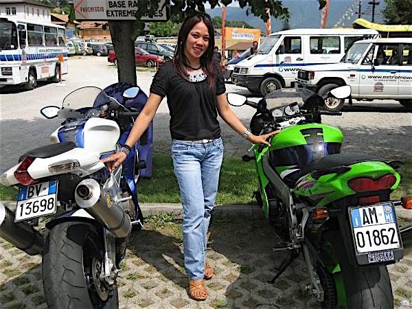 Bikergirl (25) aus dem Kanton Luzern