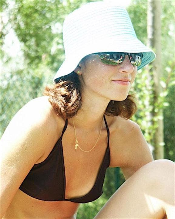 Chrissy (27) aus dem Kanton St. Gallen