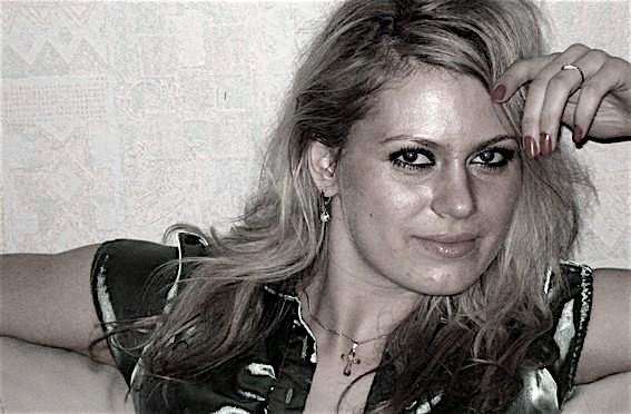 Denise25 (25) aus dem Kanton Zurich