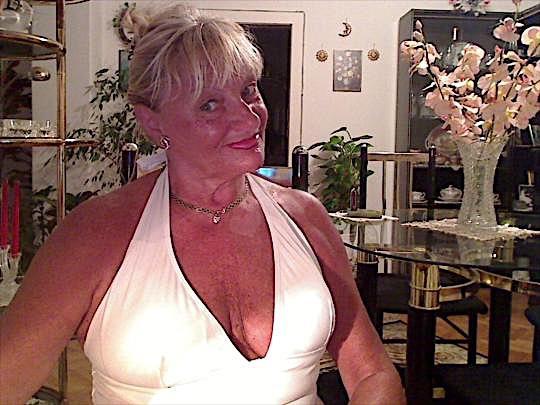 Emelie (47) aus dem Kanton Basel-Land