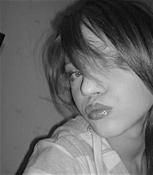 Emily23 (23) aus dem Kanton Zurich