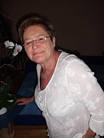 Emma49 (49) aus dem Kanton Bern