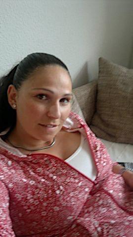 Erika26 (26) aus dem Kanton Zürich