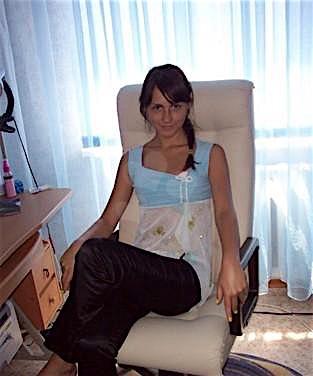 Girlie24 (24) aus dem Kanton Aargau