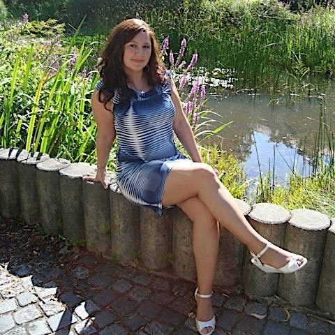 Girly22 (22) aus dem Kanton Aargau