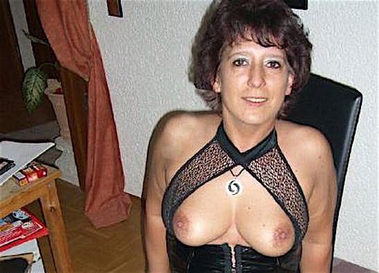 Hannah45 (45) aus dem Kanton Basel