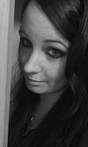 Jacqueline21 (21) aus dem Kanton Basel-Land
