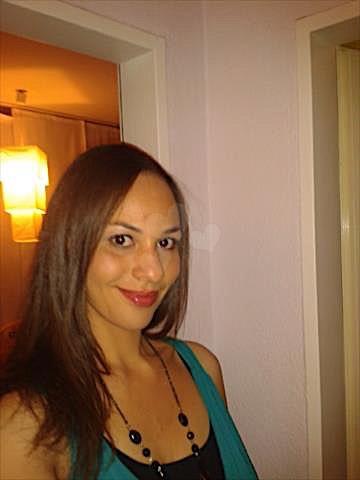 Joyce (25) aus dem Kanton Tessin