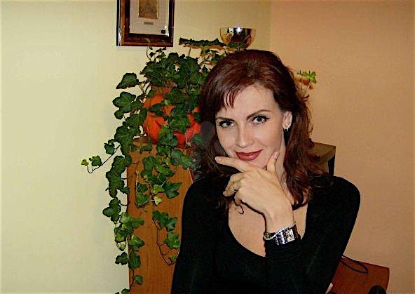Juliane (28) aus