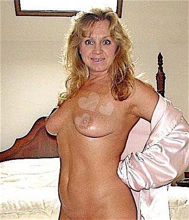 Karolina43 (43) aus dem Kanton Luzern