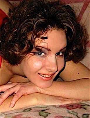 Katniss25 (25) aus dem Kanton Bern