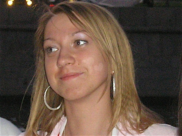 Lisa22 (22) aus dem Kanton Bern