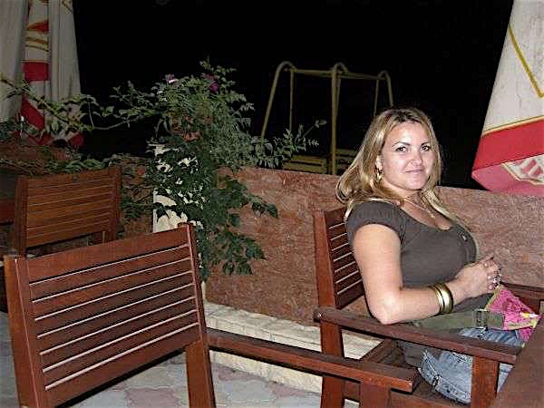 Nadi (22) aus dem Kanton Aargau