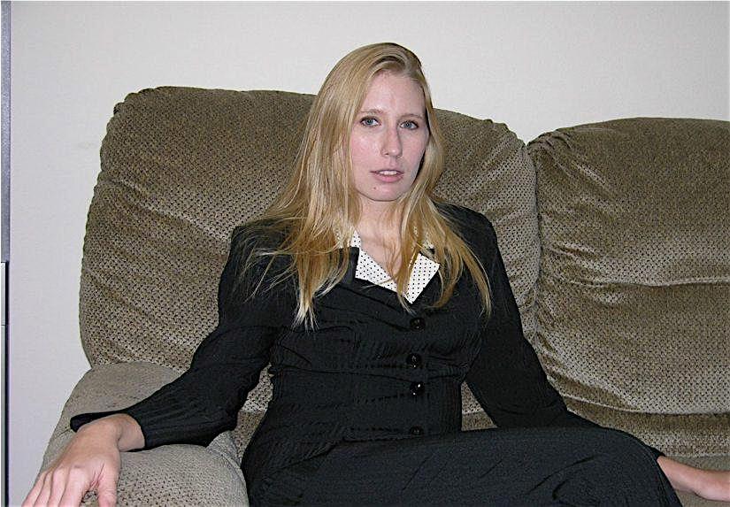 Nathalie-28 (28) aus dem Kanton Zurich