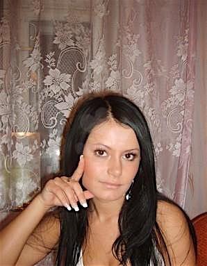 Queenie (26) aus dem Kanton Luzern