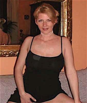 Samantha30 (30) aus dem Kanton Zug