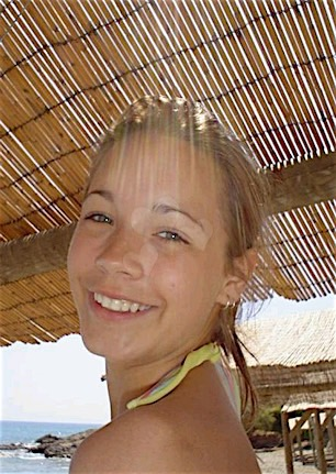 Sansa (20) aus dem Kanton Luzern