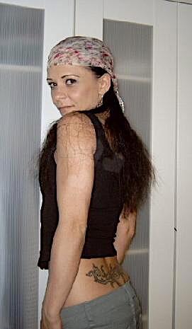 Tattoogirl (23) aus dem Kanton Zürich