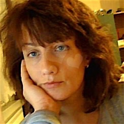 Violet (36) aus dem Kanton Bern