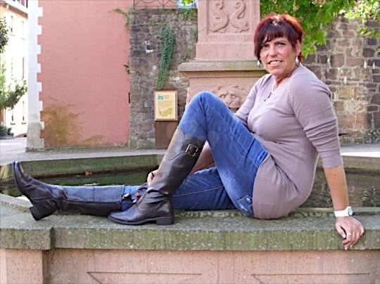 Yana (44) aus dem Kanton Aargau