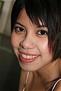 Yasmina (27) aus dem Kanton Aargau
